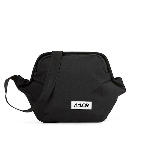 Vegane Gürteltasche | AEVOR Hip Bag Plus Black Eclipe